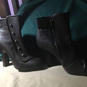 Xhilaration size 8 1/2 high healed boots.